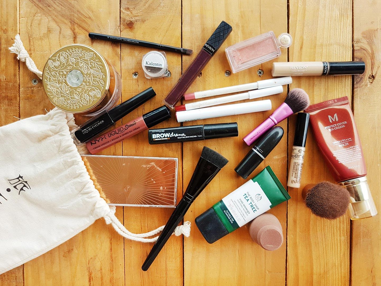 travel makeup up