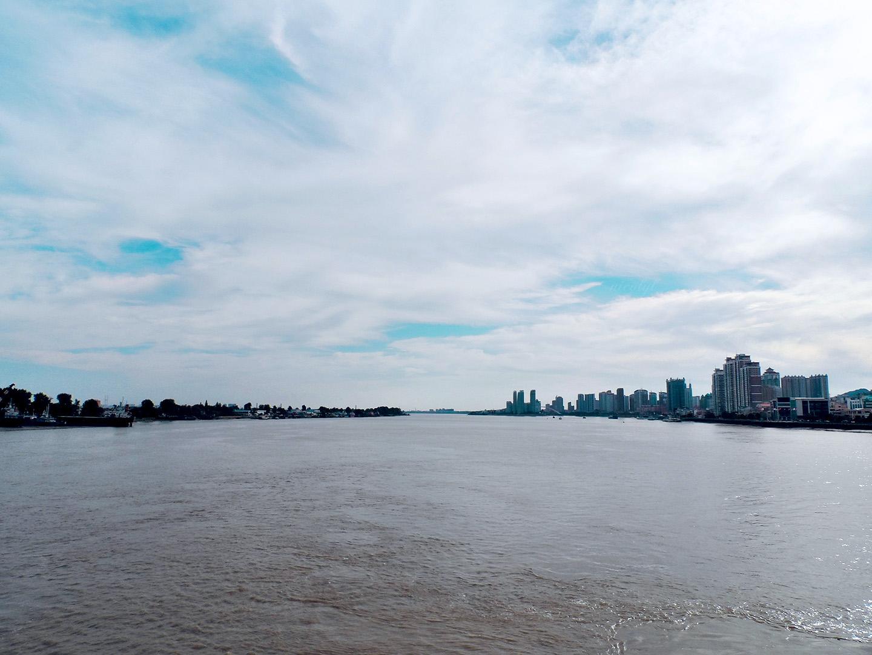 Dandong Yalu river Sinuiju