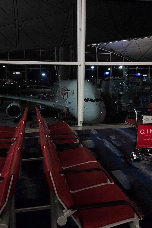 hong kong international airport emirates